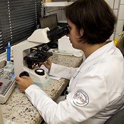 laboratorio-clinico-thumb-003